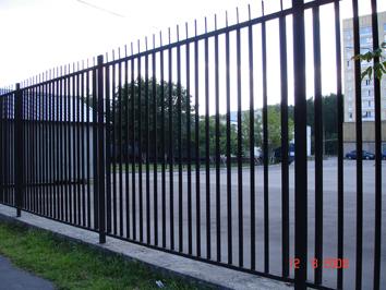 Металлические заборы и ограды киев