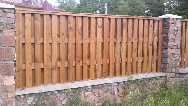 Купить забор из кирпича фагот с деревом цена
