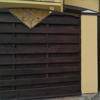 Забор из доски ясеня высшего сорта