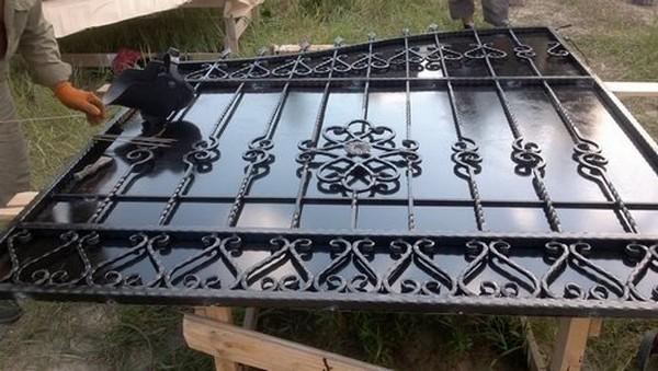 Ворота с калиткой в Киеве по низкой цене