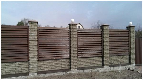 цена на забор из кирпича фагот с деревом