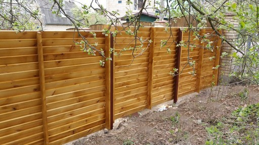 Забор из сосновой доски первого сорта